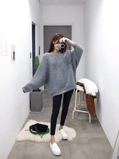 레더홀리다-leggings